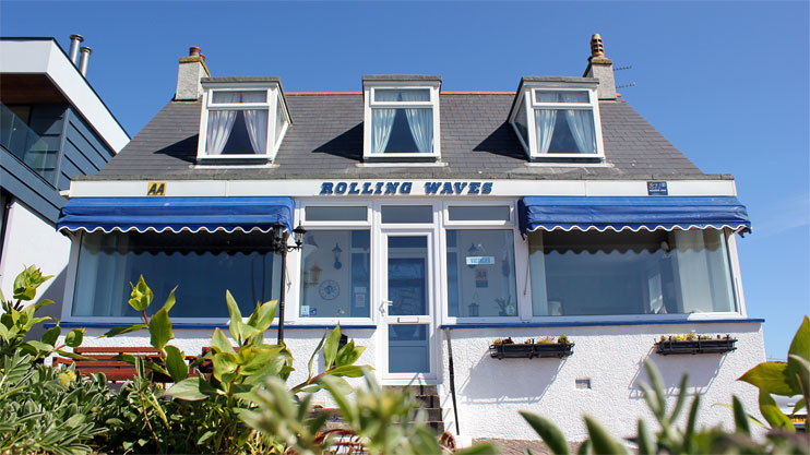 Rolling Waves Hotel Porth Newquay